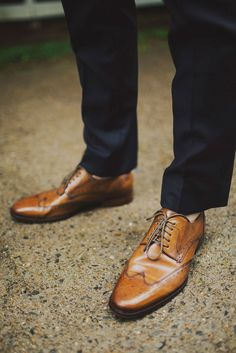 10 Ways to Style Your Groom (and his men) Vintage - Brogues