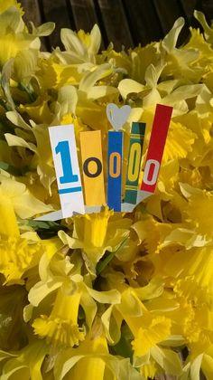 Déjà plus de 10000 lettres découpées et collées! ... www.facebook.com/lettremix