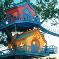 Dr. Sues tree house