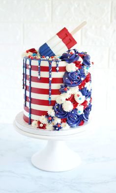 Cake Decorating 75879 of July Popsicle Striped Cake Fourth Of July Cakes, 4th Of July Desserts, Wilton Cake Decorating, Decorating Tips, Cookie Decorating, Gorgeous Cakes, Amazing Cakes, Cake Inspiration, Cupcake Cakes