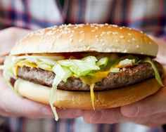 Junk Food To Avoid Thinking About McDonald's For Lunch? We'll Give You 10 Reasons To Think Again Foods For Arthritis, Healthy Tips, Healthy Recipes, Keeping Healthy, Healthy Food, Genetically Modified Food, Fast Food Chains, Food Photography Tips, Stop Eating