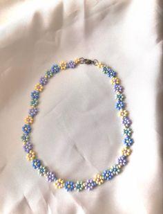 Bead Jewellery, Beaded Jewelry, Jewelery, Beaded Bracelets, Cute Jewelry, Jewelry Accessories, Pulseras Kandi, Handmade Wire Jewelry, Accesorios Casual