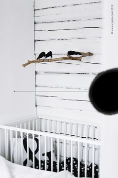 Babies love high contrast so why not opt for black and white? CAISA K