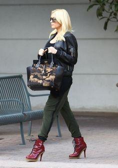 76d68a0bde6 Gwen Stefani Corset Top - Gwen Stefani Looks - StyleBistro Dr Martin Boots