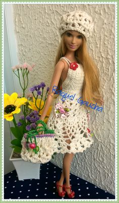 #Cléa5 #Crochet #Barbie #Vestido #Dress #Purse #Bolsa #Chapéu #Doll #Muñeca rachelcrochet.wordpress.com #RaquelGaucha