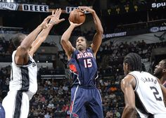 Al Horford shoots a jumper for 2 of his 18 points. The big man also pulled down 7 rebounds.