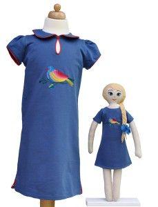 Lalka lalanna haftowana i niebieska sukienka dla dziewczynki