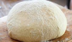 Ζύμη με γιαούρτι (τύπου «κουρού») ιδανική επιλογή για πεντανόστιμα τυροπιτάκια με μόλις τρία υλικά! Η ζύμη γιαουρτιού είναι η ιδανική επιλογή για πεντανόστιμα τυροπιτάκια. Φτιάχνεται δε πολύ εύκολα και με μόλις τρία υλικά, που σίγουρα υπάρχουν σε