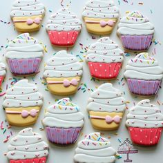 These are for a little cupcake turning 1  #cupcakecookies #partyfavours #sprinkles #classicsprinkles #sweetapolitasprinkles #cookies…
