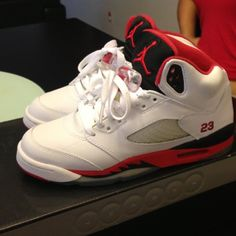 Jordan retro 5 in sz NIB jordan 5 in kids sz these are the early 2000  release fire red-black trade value 300 Nike Shoes b9dcc5f16