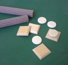 WINDOWS MINIATURES - DIY column - The World in Miniature USES CORRUGATED CARDBOARD AND A TUBE OR DOWEL ~