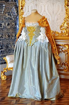 original dress of Catherine Great, Catherine Palace (Tzarskoje Selo) Pushkin, Russia