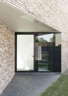 House K in Buggenhout, Belgium by GRAUX & BAEYENS Architecten