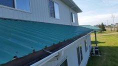 Metal Roof Coating, Liquid Rubber June 5, 2015. http://edmontonroofrepair.ca/metal-roof-coating-liquid-rubber-june-5/ …