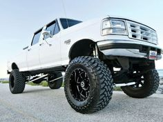 1995 Ford F-350 - Lovable Looks