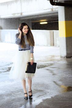 C: DIY tulle skirt tutorial.