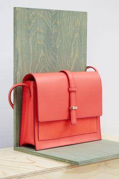 High summer accessories > Heidi crossbody bag