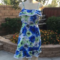 Final price 🔴Beautiful sundress Blue with green floral print sundress with lining and adjustable straps . 100% rayon . Measurements lying flat 🔹 Medium - Bust :14.5 waist : 12 length : 30 🔹large - Bust :16 waist : 13.5 length : 30 Dresses