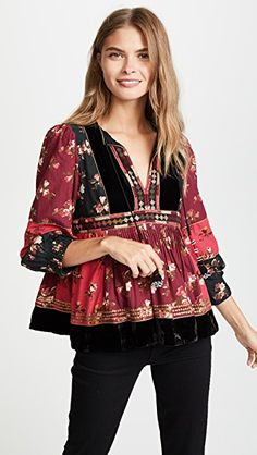 Ulla Johnson Black Red Bijana Floral Velvet Blouse Size 6 (S) Ethnic Fashion, 90s Fashion, Boho Fashion, Fashion Outfits, Fashion Design, Conservative Outfits, Stylish Dress Designs, Dress Indian Style, Ulla Johnson