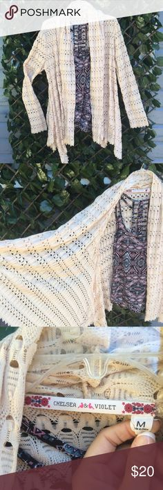 Chelsea & Violet Boho Style Cardigan in Cream! This flattering number is perfect for transitions to chilly Friday night football games or layering with your fav tunic and jeans for a pumpkin spice latte run! Willing to negotiate so offer away! Chelsea & Violet Sweaters Cardigans