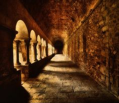 Claustro del Monasterio de Sant Cugat by Jose Luis Mieza Photography , via Flickr