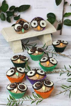 The Cutest Owl Cupcakes Recipe Kid cupcakes Animal food and Easy