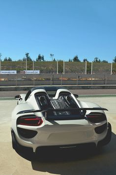 #Porsche #918 #Spyder #SuperCar