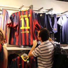 8749b4590e 12 melhores imagens de camisa do Barcelona em 2019
