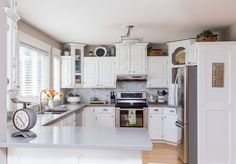 I have been dreaming of a white kitchen for years. Our previous kitchen was over 20 years old and definitely in need of some updating. With some fresh paint, ne…