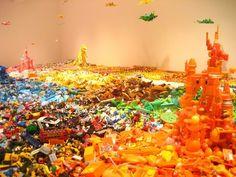 100.000 toys by Hiroshi Fuji  #juguete #reciclaje #arte / #toy #recycling #art
