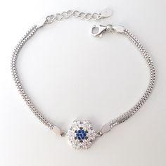 WE LOVE SNOWFLAKES // FULGI de NEA #bratara #argint Bracelet Making, Silver Bracelets, Pandora Charms, Charmed, Love, Diamond, Unique, Jewelry, Silver Cuff Bracelets