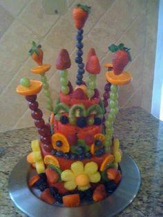 A Fruit Cake! A Fruit Cake! A Fruit Cake! Fruits Decoration, Deco Fruit, Fruit Creations, Watermelon Cake, Edible Arrangements, Fruit Displays, Fruit Art, Fun Fruit, Edible Art