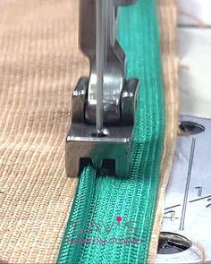 Sewing Machine Basics, Sewing Machine Parts, Sewing Basics, Sewing Hacks, Sewing Tutorials, Serger Sewing, Sewing Stitches, Diy Couture, Couture Sewing