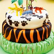 We love this Jungle Cake recipe! Perfect if you're planning a Super Animals themed birthday party. Animal Themed Birthday Party, 1st Birthday Parties, Birthday Cake, Jungle Cake, Jungle Theme, My Best Friend, Food To Make, Cake Recipes, Cakes