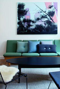 Craquez pour un canapé coloré dans votre salon !