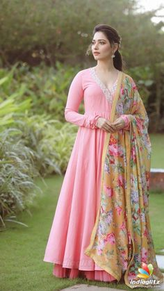 Beautiful Gown with printed dupatta. Dress Indian Style, Indian Fashion Dresses, Indian Gowns, Indian Designer Outfits, Indian Outfits, Designer Dresses, Indian Clothes, Indian Wear, Anarkali Dress Pattern