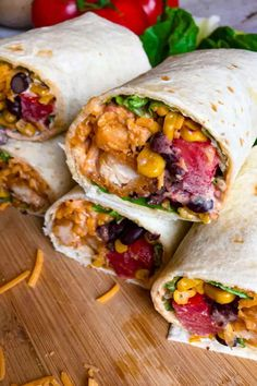 Grilled Chicken Wraps, Chicken Wrap Recipes, Chicken Meals, Easy Family Dinners, Easy Meals, Family Meals, Southwest Chicken Wraps, Buffalo Chicken Wraps, Pizza