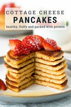 Delicious Cottage Cheese Pancakes that are healthy (Gluten Free)! This easy flourless recipe is made with oatmeal and full of protein. Enjoy these pancakes made with cottage cheese as a healthy breakfast for the family. Get the recipe on The Worktop. Cottage Cheese Pancakes, Oat Pancakes, Breakfast Pancakes, Cottage Cheese Breakfast, Cottage Cheese Recipe For Baby, Healthy Oatmeal Pancakes, Healthy Cottage Cheese Recipes, Pancake Healthy, Healthy Breakfast Recipes