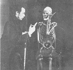 un film de la période russe (1910 / 1918). Ladislas Starewitch a réalisé ce film, ou bien il a joué un rôle dans ce film.