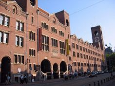 Beurs van Berlage (1898-1903), the former Stock Exchange building of Amsterdam, is now a place for conference, concert, theatre and exhibition. The architect Berlage was inspired by the Roman and Renaissance architecture of northern Italy.