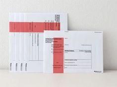 チェコの公式封筒S(赤):東欧とオリジナルの文房具[チャルカおかいもの.net]