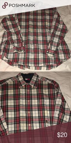 bdc01190011b32 NWOT Tommy Hilfiger Men's Dress Shirt! GREAT quality & perfect for the  holidays or any