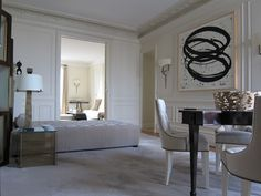 More Paris apartment of Thomas Pheasant. Beautiful!