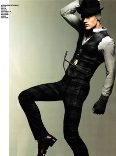 I would totally wear this outfit.. And take it off for this gentlemen!