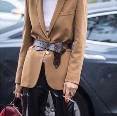 Comment porter le blazer ce Printemps? MIRIAM LASSERRE - Personal Shopper Paris