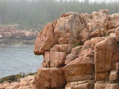 Google Image Result for http://upload.wikimedia.org/wikipedia/commons/b/b9/Anthropomorphic_rock_formation.jpg