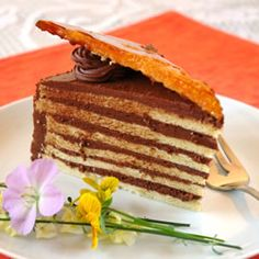 """Dobos Torte I """"This cake is absolutely wonderful! Take the time to make the caramel topping because it really adds to the cake and the chocolate buttercream frosting is to die for. This is a very impressive cake. Food Cakes, Cupcake Cakes, Cupcakes, Dobos Torte Recipe, Torte Cake, Cake Recipes, Dessert Recipes, Kolaci I Torte, Hungarian Recipes"""
