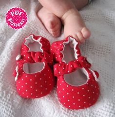 Sewing Pattern - Baby Mary Jane Shoes. $4.50, via Etsy.