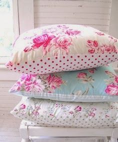 Marvelous Useful Ideas: Shabby Chic Bedding For Sale shabby chic background beautiful.Shabby Chic Bedroom Wallpaper shabby chic house to get.Shabby Chic Home Design. Shabby Chic Bedrooms, Shabby Chic Cottage, Shabby Chic Homes, Shabby Chic Furniture, Shabby Chic Pillows, Rose Cottage, Shabby Chic Fabric, Shabby Fabrics, Vintage Pillows