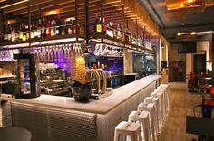 En el restaurant TastBcn, disfrutarás de sus deliciosas #tapas de autor en el corazón del barrio de Poble Sec-San Antonio de #Barcelona #establecimientorecomendado